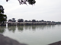 Retractable/floating bridge in Chaozhou. Chaozhou and Shantou used to be part of one big city; Shantou side is newer, so Chaozhou is where all the historical stuff is.