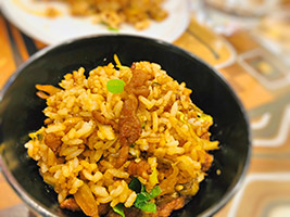猪肉酸菜炒饭, pork and preserved vegetable fried rice